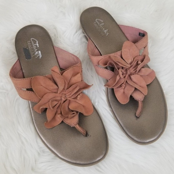 2d2b0ce8139 Clarks Shoes - Clarks Bendables Mauve Pink Sandals Womens Size 7